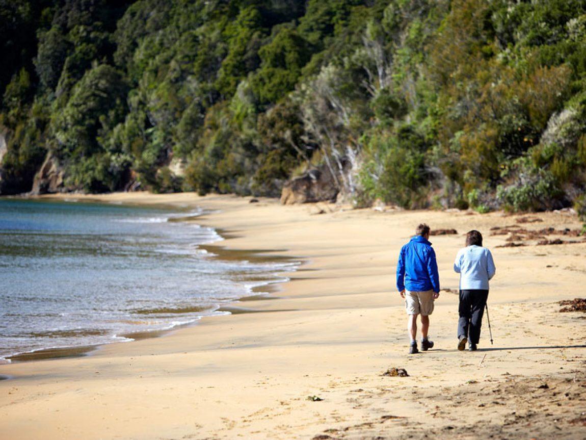 new zealand stewart island walk