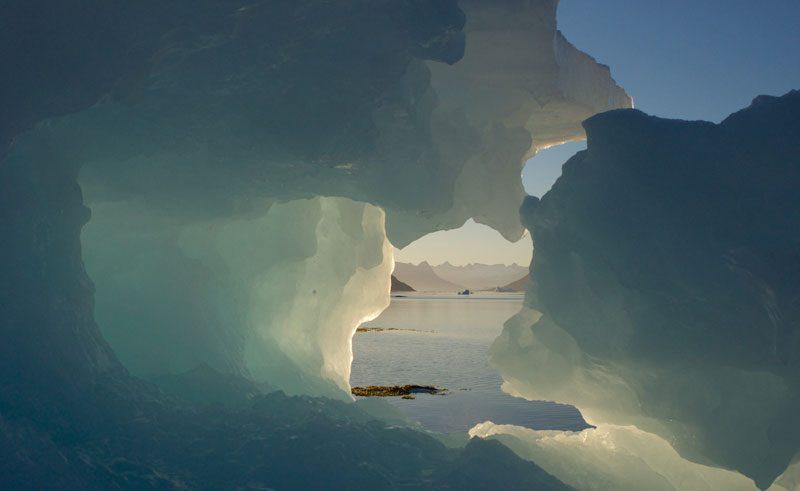 greenland iceberg kulusuk
