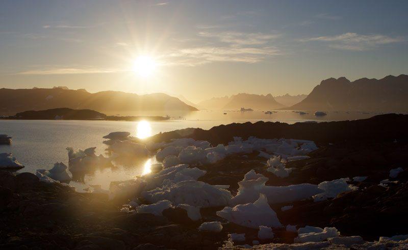 greenland tunu fjord midnight sun