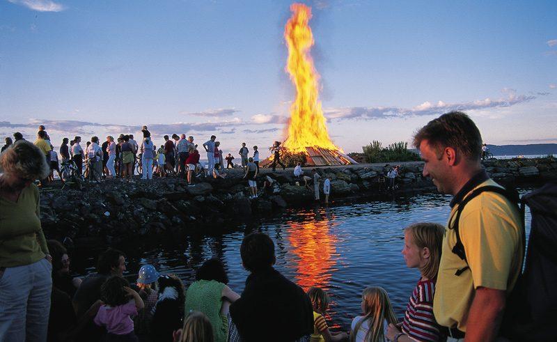 norway midsummer bonfire