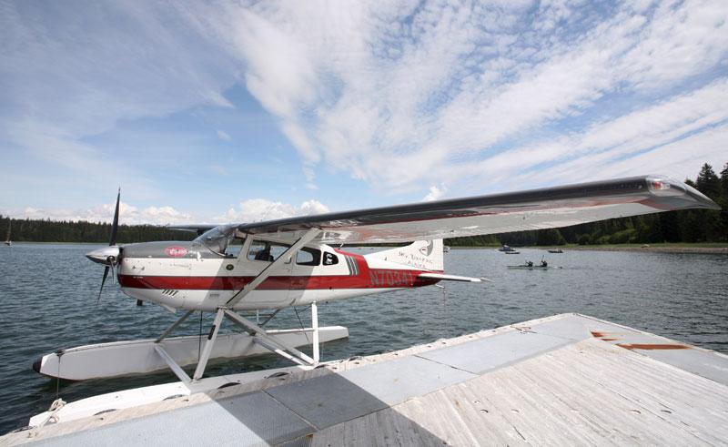 alaska glacier bay floatplane atia