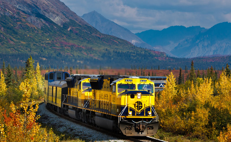 alaska railroad mountains