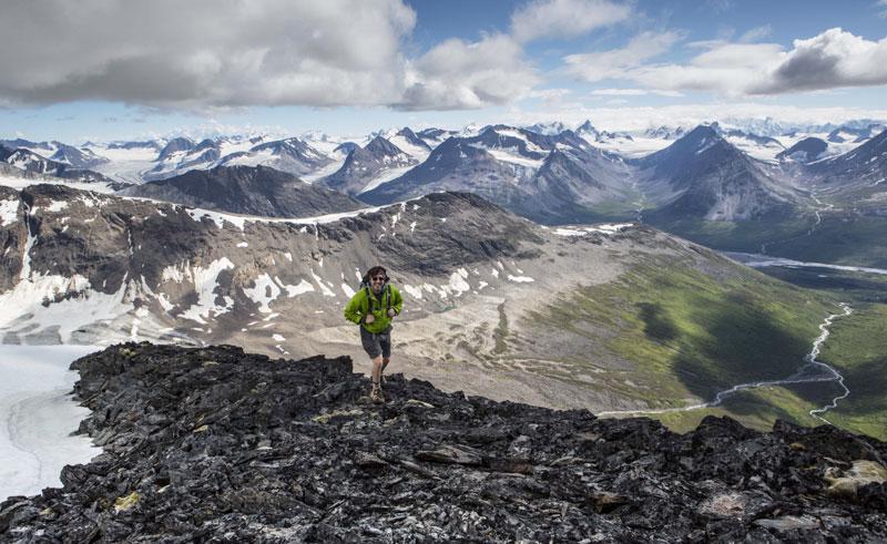 alaska ultima thule lodge hiking over valley