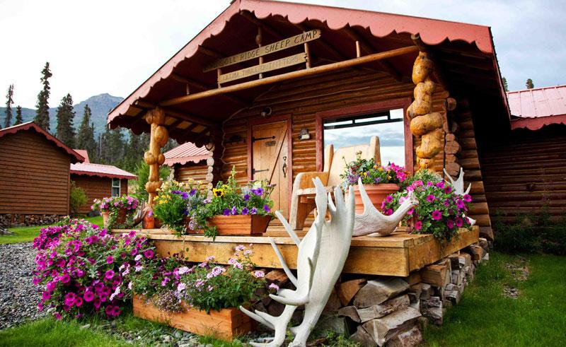 alaska ultima thule lodge outside