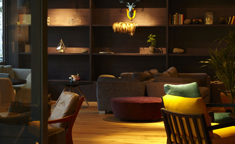 alda hotel lounge