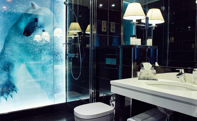arctic light hotel bathroom
