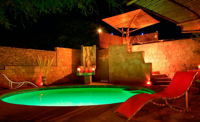 atacama kimal pool at night