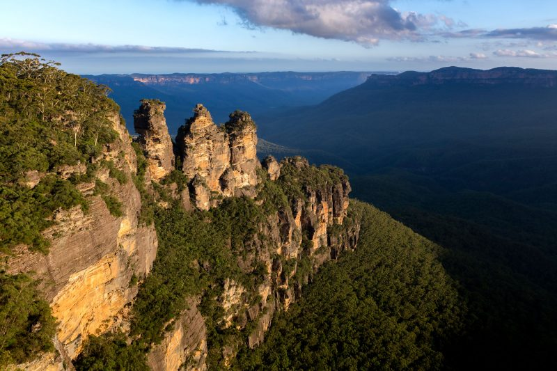 australia new south wales blue mountains three sisters istk