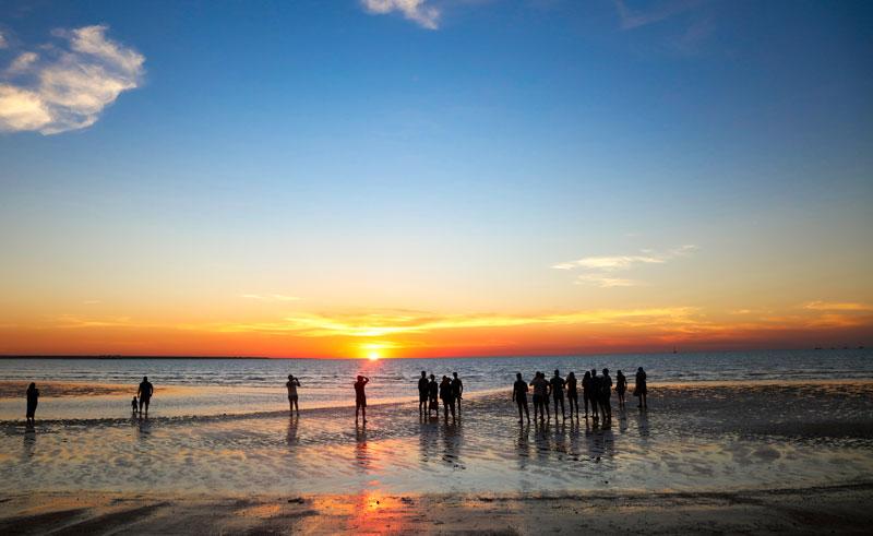 australia northern territory mindil sunset darwin istk