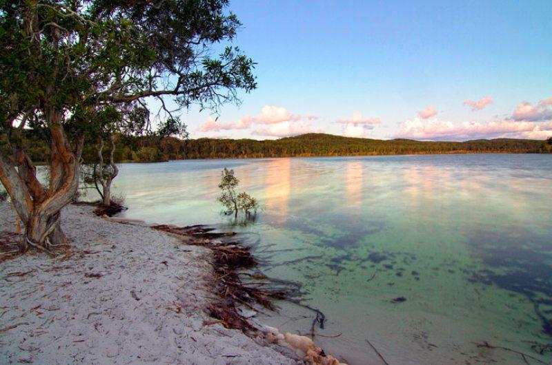 australia queensland fraser island lake
