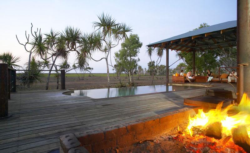 bamurru plains front deck fire pit