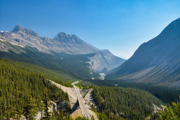 canada alberta icefields parkway aerial view istk