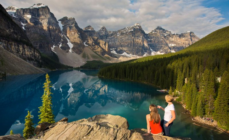 canada alberta moraine lake viewpoint trav alb