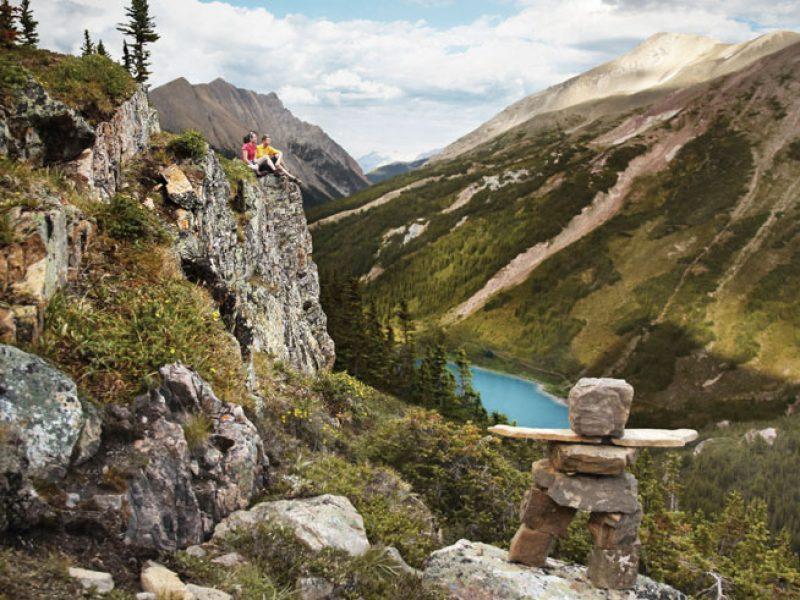 canada alberta rockies hikers inukshuk ta