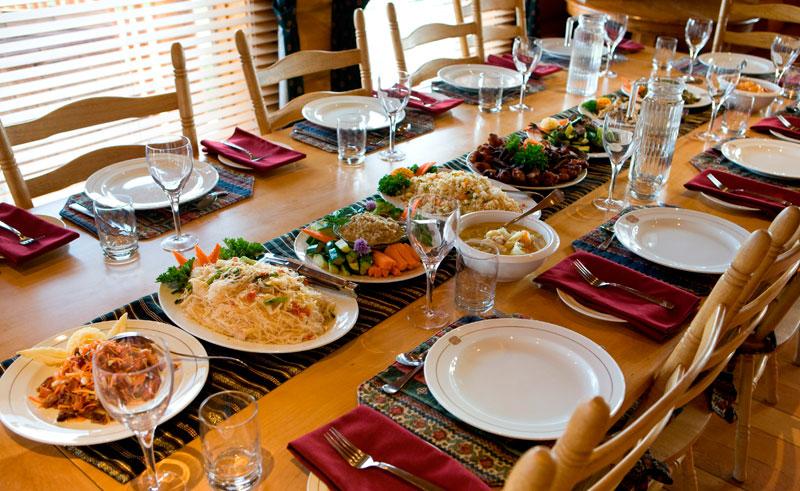 canada bc echo valley ranch dining