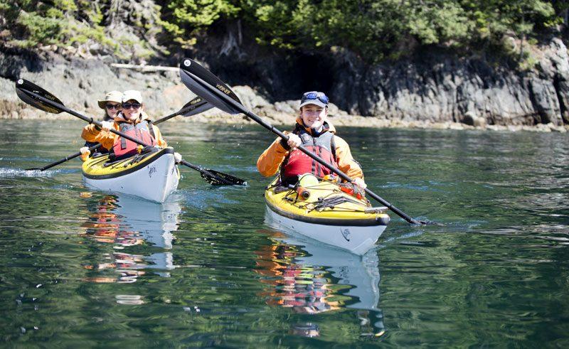 canada bc johnstone strait sea kayaking wg