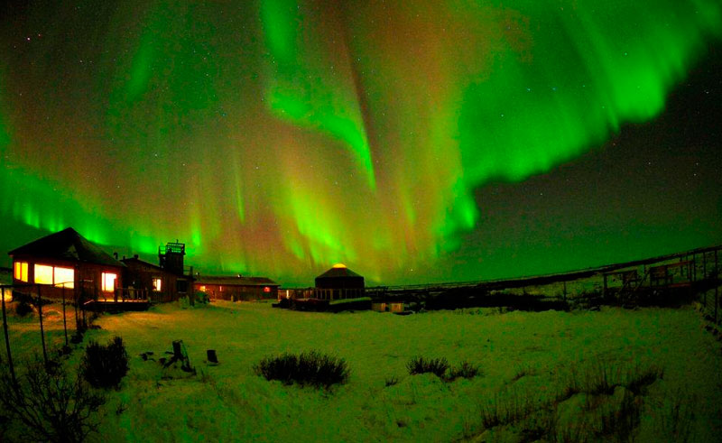 canada churchill wild aurora ian johnson