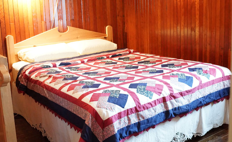 canada newfoundland quirpon lighthouse inn bed