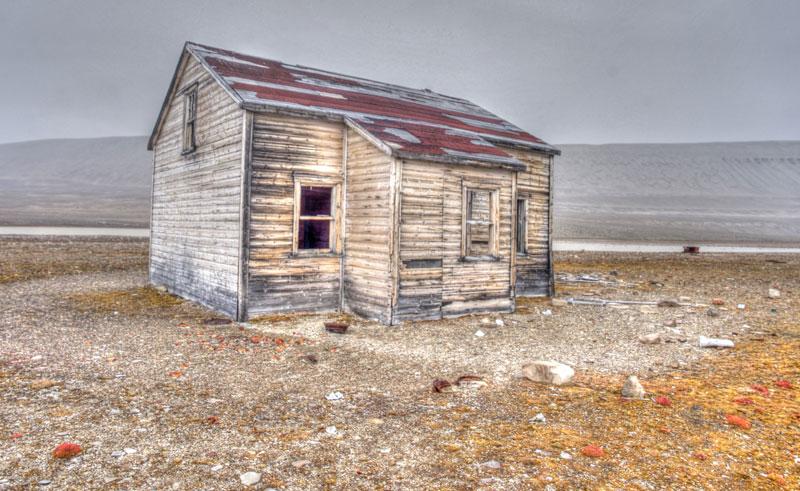 canadian arctic port leopold hut oo