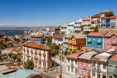 chile valparaiso hilltop houses istk