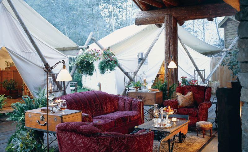 clayoquot exterior lounge