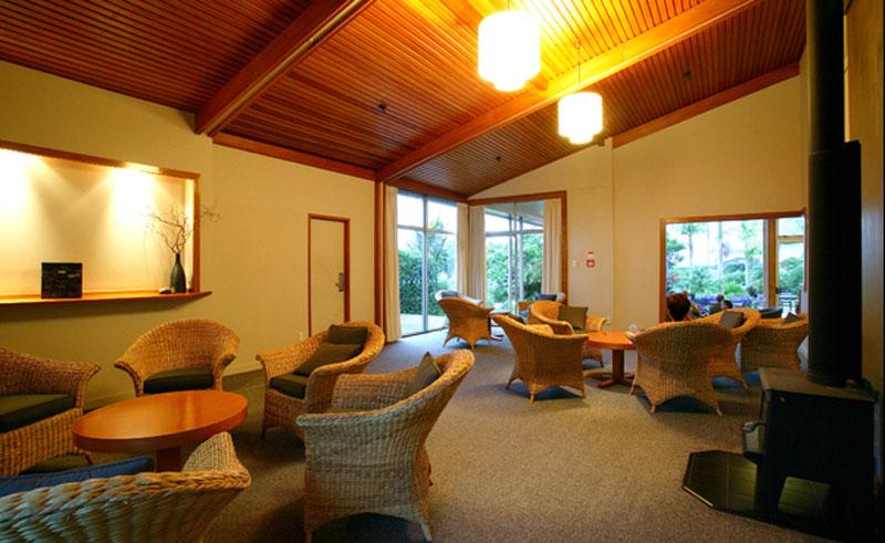 copthorne hotel and resort paihia lounge
