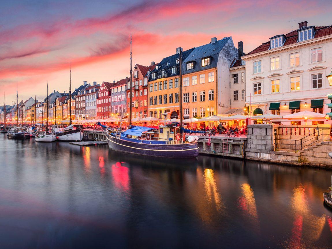 denmark copenhagen nyhavn canal sunset istk
