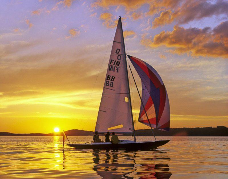 finland lakeland sailing summer sun vf