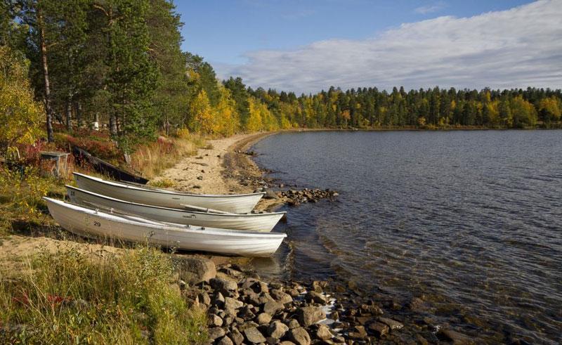 finland lapland korpikartano lake beach