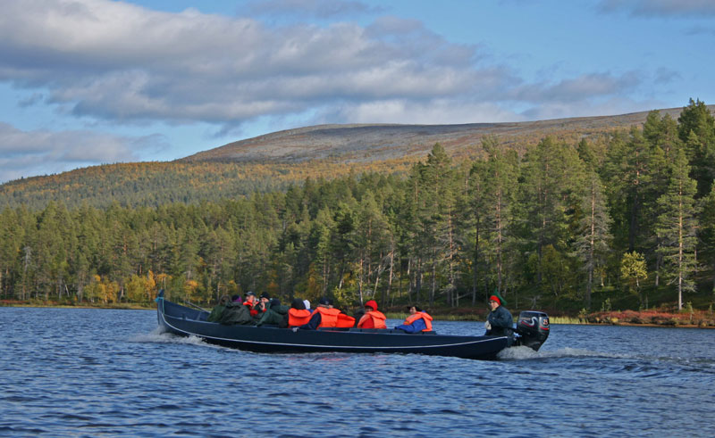 finland lapland lemmenjoki river boat trip korpikartano