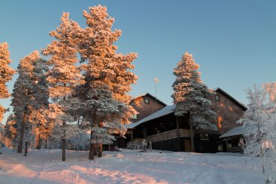 finnish lapland winter hotel korpikartano exterior