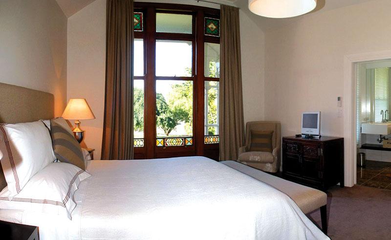 greenhill park lodge guestroom