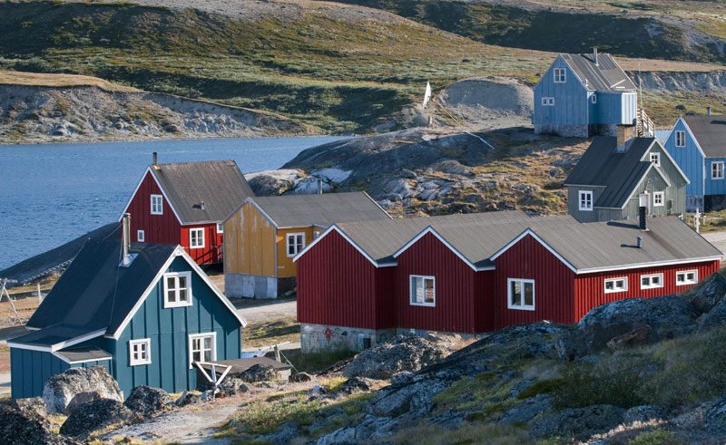 greenland colourful houses vg