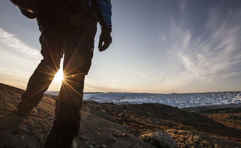greenland ice cap view sunlight vg
