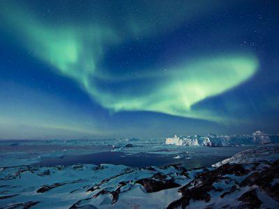 greenland northern lights icebergs vg