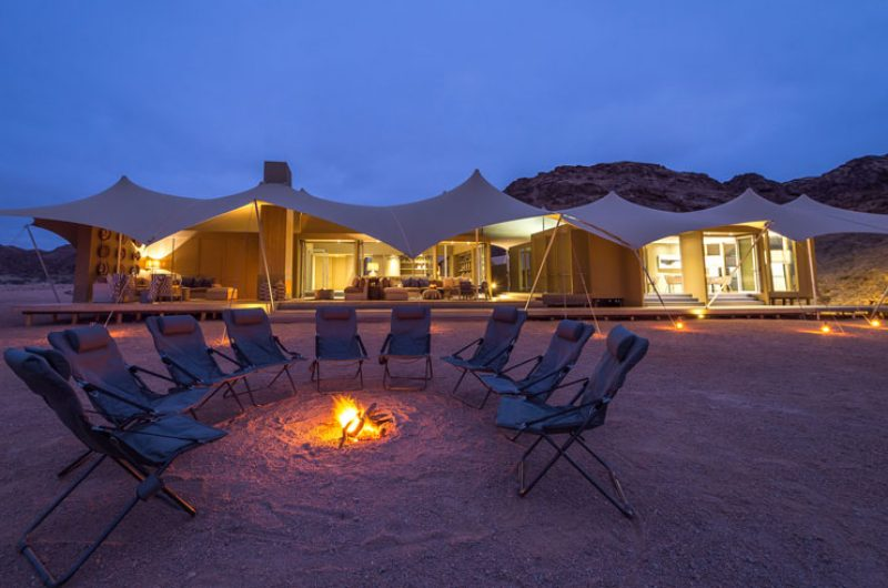 hoanib skeleton coast camp nightime exterior