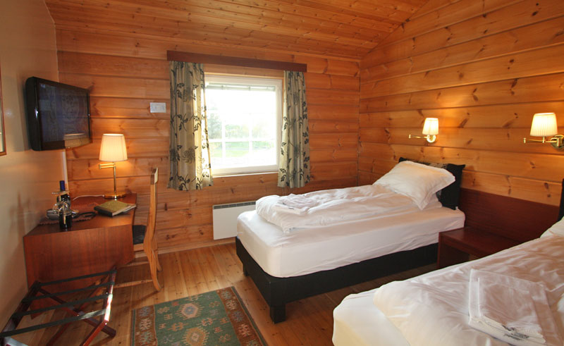 hotel blafell superior twin bedroom
