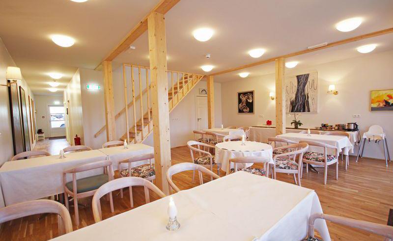 hotel laekur restaurant