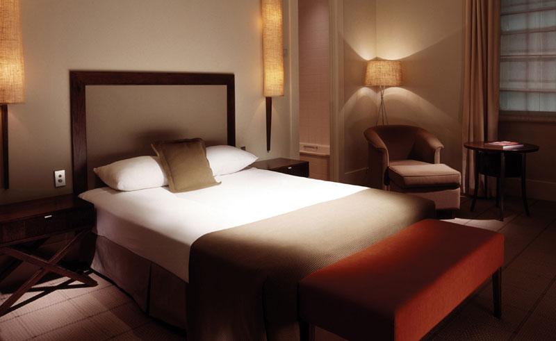 hotel lindrum standard room