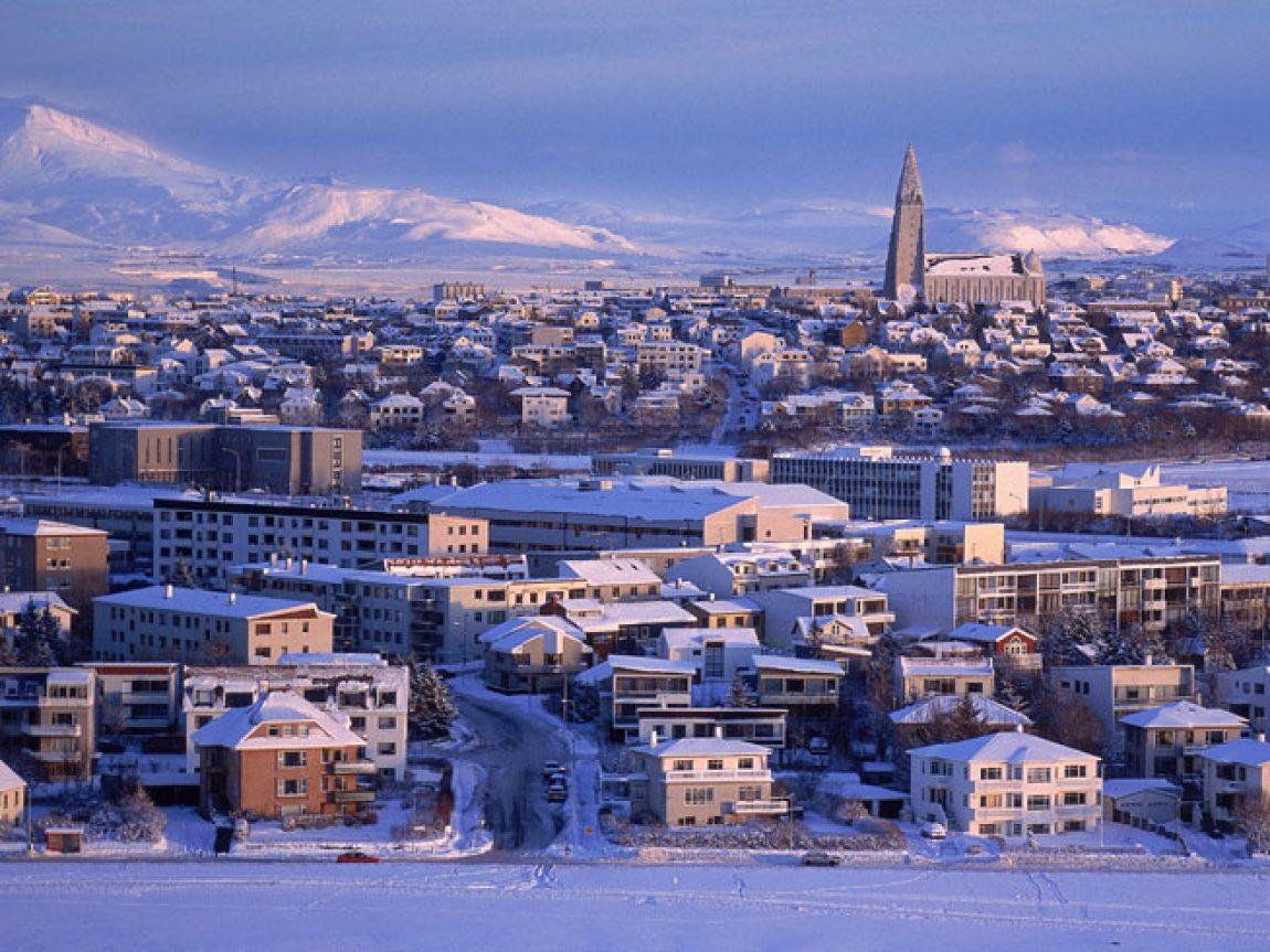 iceland reykjavik cityscape winter rth