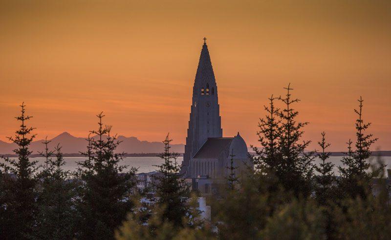 iceland reykjavik hallgrimskirkja sunset rth