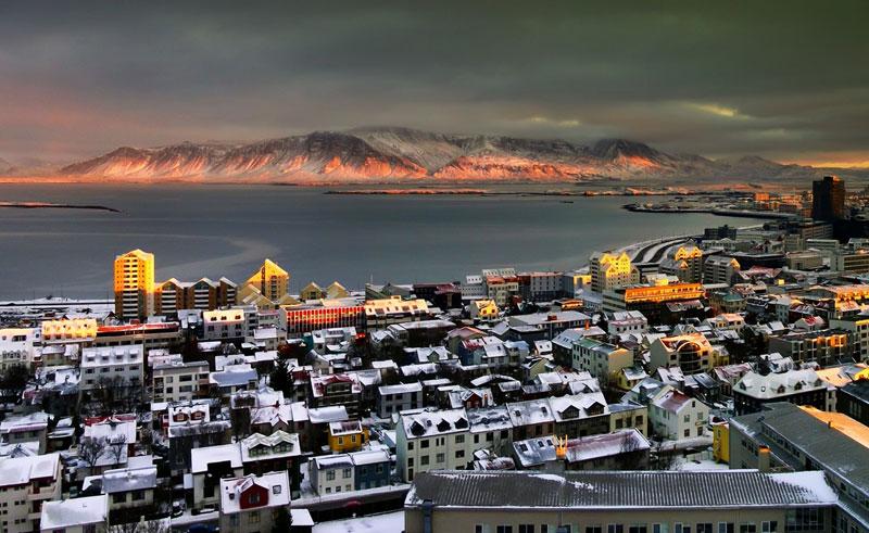 iceland reykjavik mt esja tg