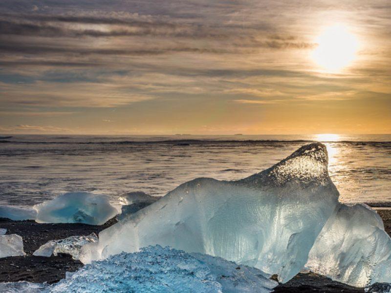 iceland south east iceberg beach sunset rth