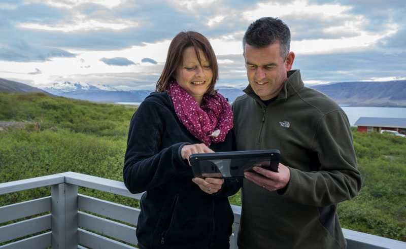 iceland touring with idiscover interactive guide rth