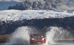 iceland volcano eruption jeep rth