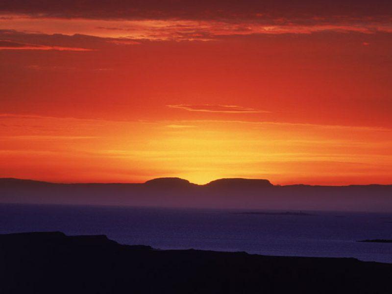 iceland west breidafjordur sunset over fjord rth
