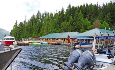 knight inlet lodge jetty