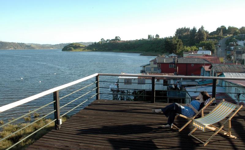 lake district castro palafito 1326 deck view