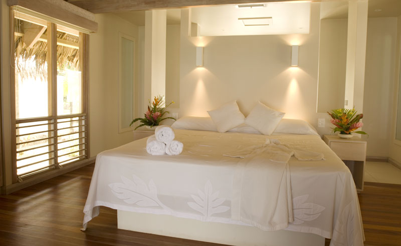 little polynesian bedroom interior