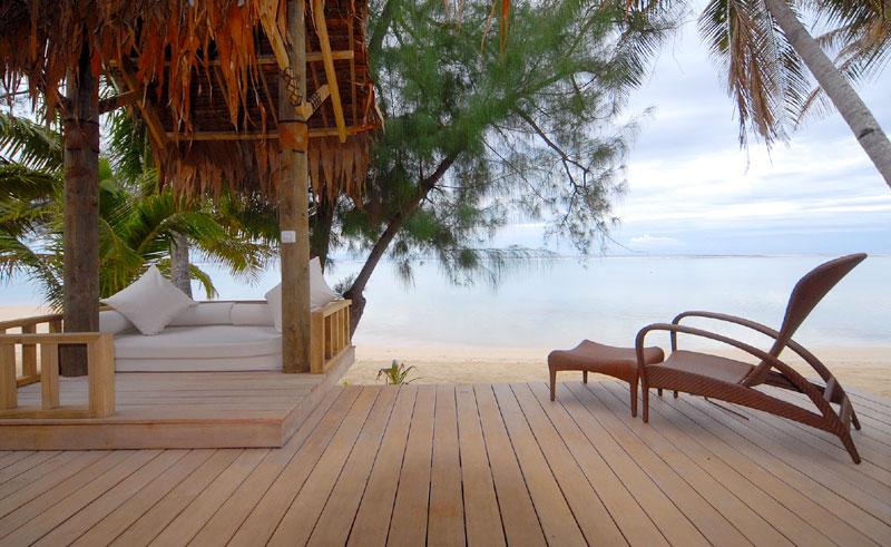 little polynesian deck area